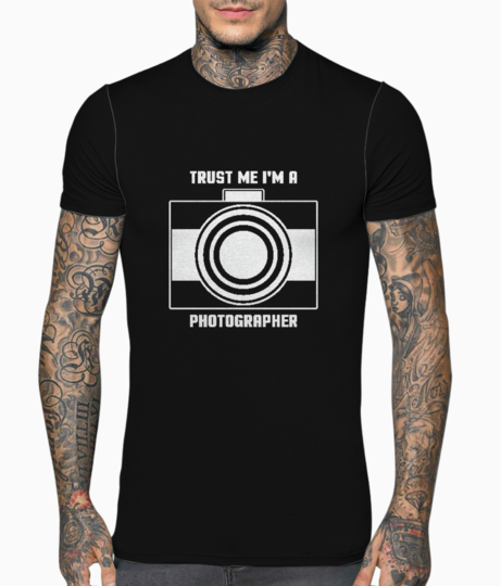 Trust me im a photographer typography t shirt front