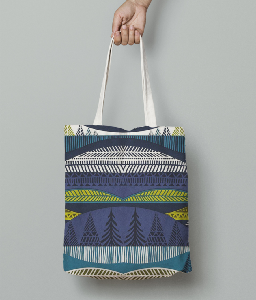 Travel tote bag front