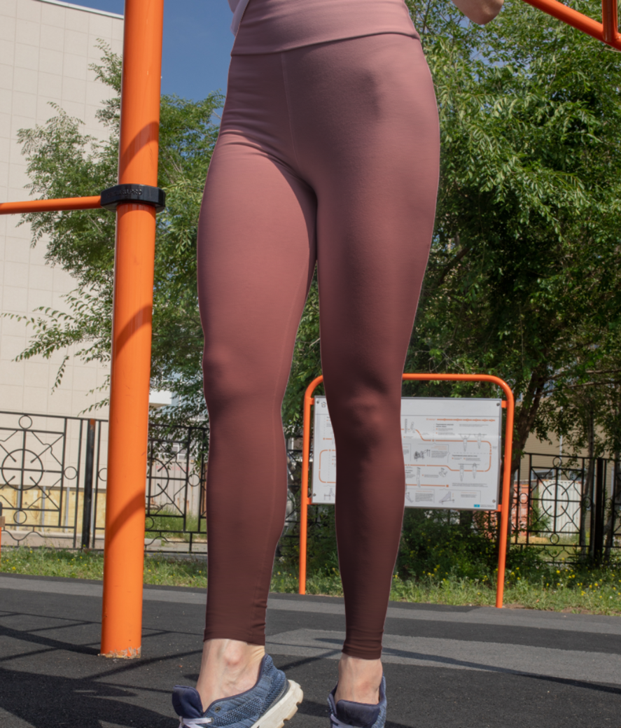 Red gradient background leggings front