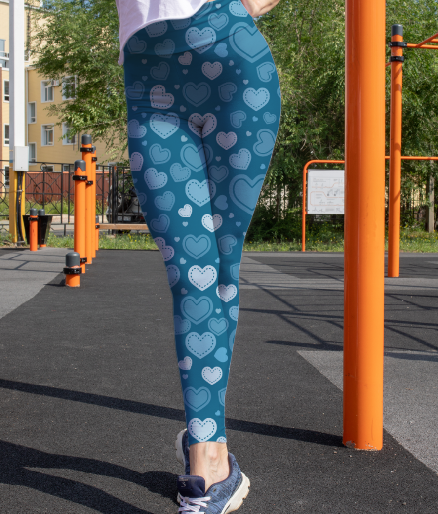 Blue romantic hearts leggings front