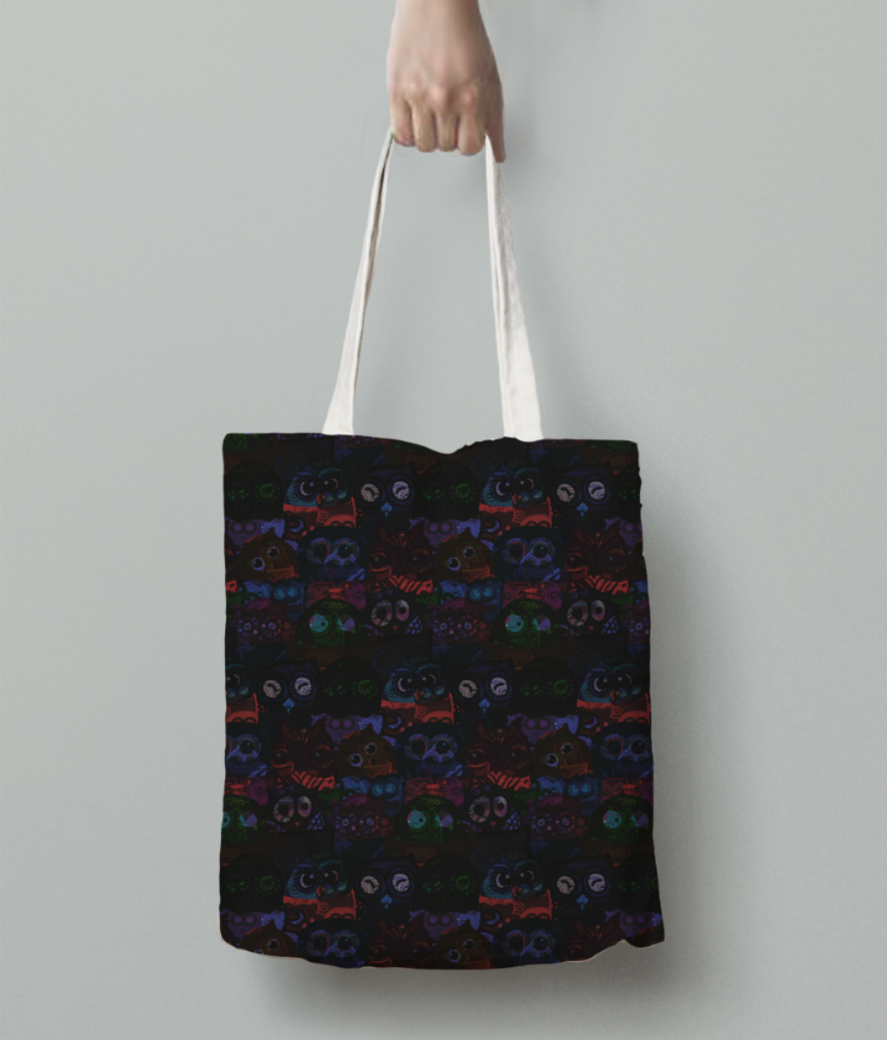 Owl eyes on me tote bag back