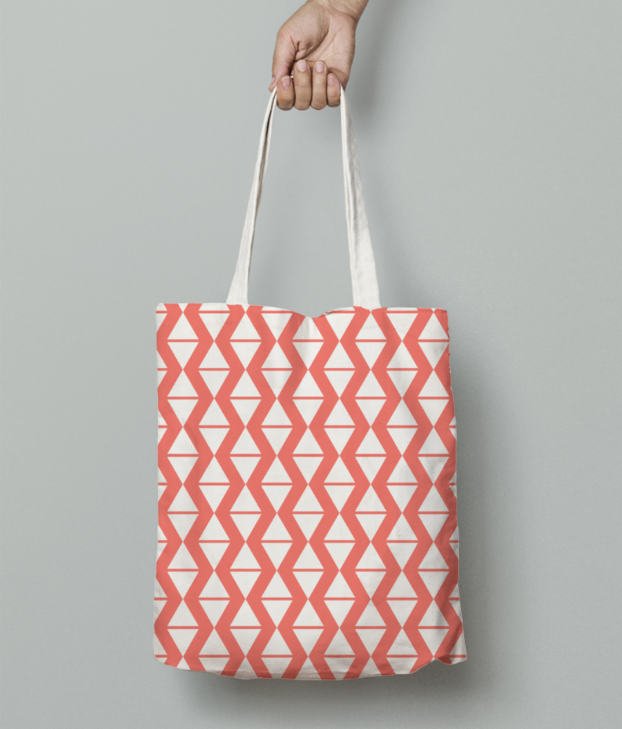 Diamond living coral pattern tote bag front