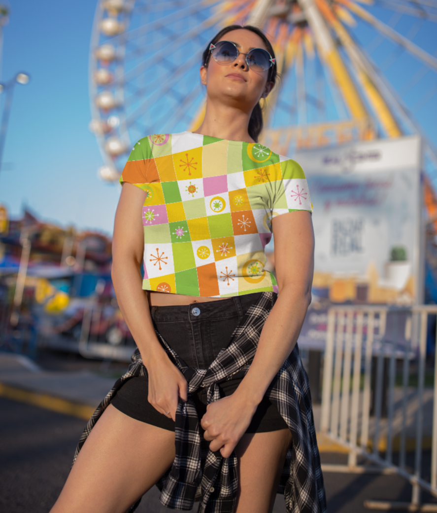 Abstract lines pattern crop top front