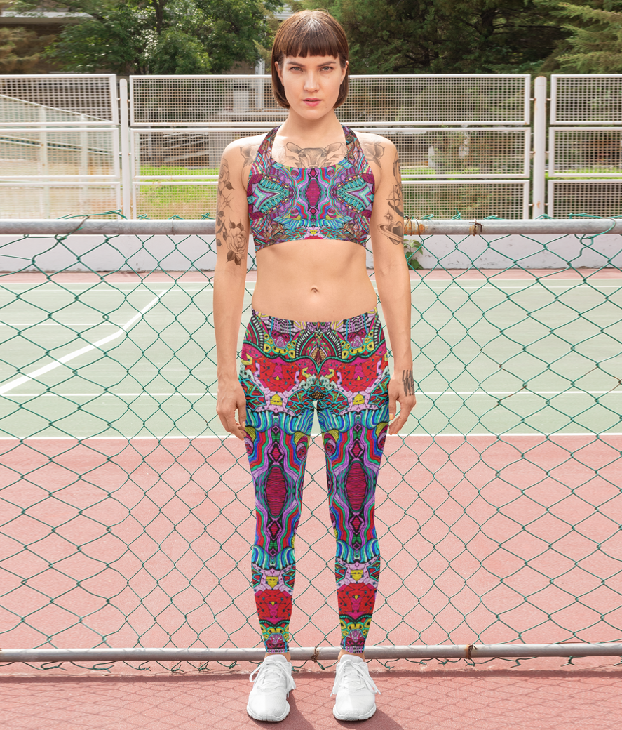 Leggings mockup of a woman with a sports bra standing on a tennis court 28731
