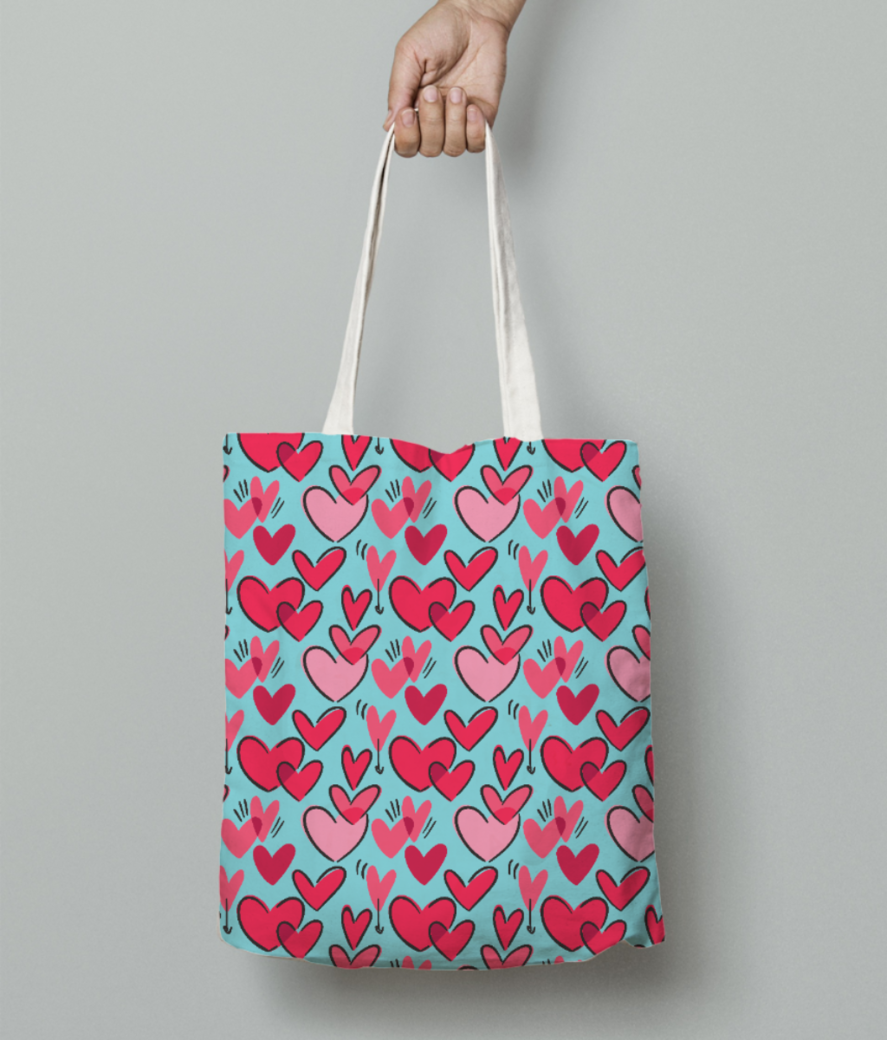 Red hearts tote bag front