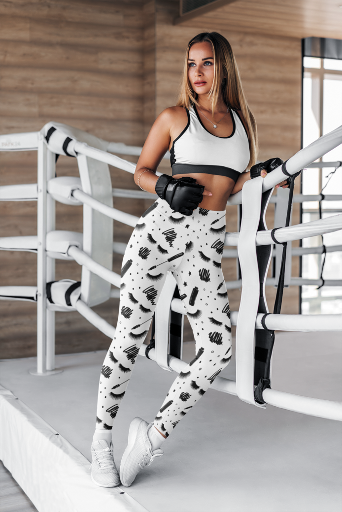 Mockup of a female boxer wearing leggings 4759 el1